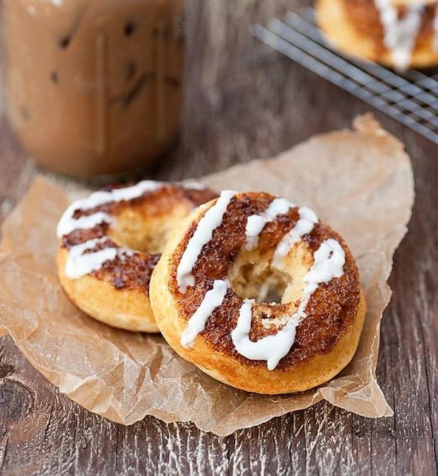 Cinnamon Roll Donuts