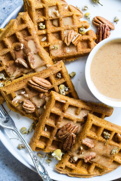 Cinnamon sugar waffles with pecans (picture courtesy of Taylor Kiser from Unsplash)